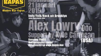 Alex Lowry geeft intiem concert in Bapas