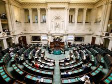 """Le vote sur l'IVG est à nouveau reporté: """"Un chantage politique sur le dos des femmes"""""""