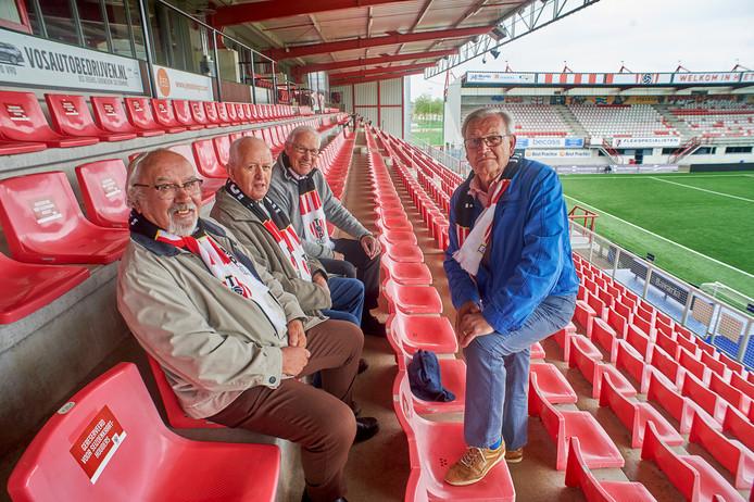Van links naar rechts Jo van Schadewijk, Antoon Reijkers, Jo Nederkoorn en Ben Mulder.