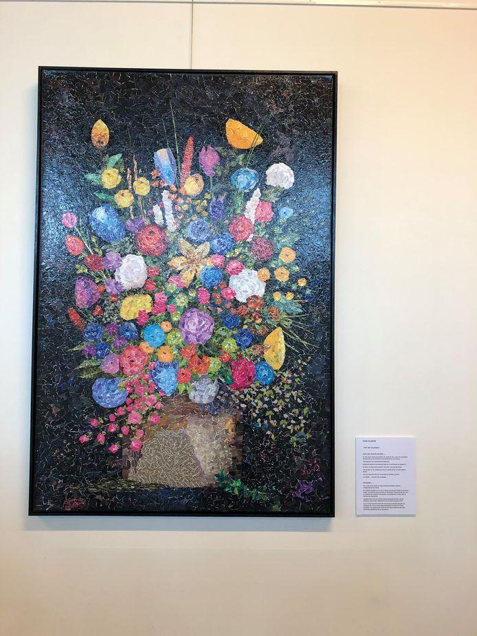 Het kunstwerk van Henk Huijbers is volgens hem een ode aan de helden. Zijn werk prijkt ook op de promotieposter van de expositie.