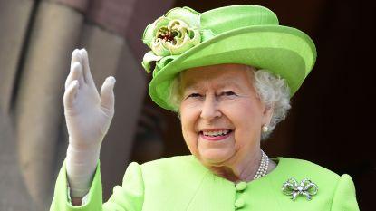 """""""De veiligste keuze"""": Queen Elizabeth verlaat Buckingham Palace uit vrees voor corona"""