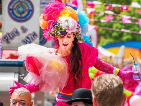 Kijk terug: de dragqueen-pride van de Roze Maandag