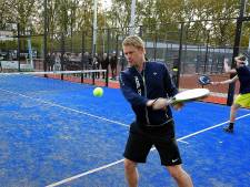 Eerste padelbaan in Rucphen geopend: 'Wereldwijd de snelst groeiende sport'