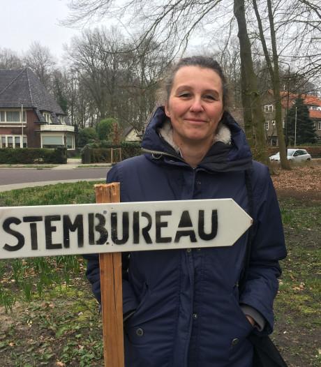 Verkiezingsdag in Apeldoorn met horten en stoten
