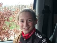 Elise Uijen uit Herpen Nederlands kampioene tijdrijden nieuwelingen