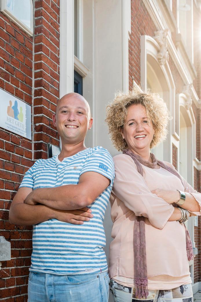 Joris van de Rijt en Yess Beniers voor inloophuis Het Getij.