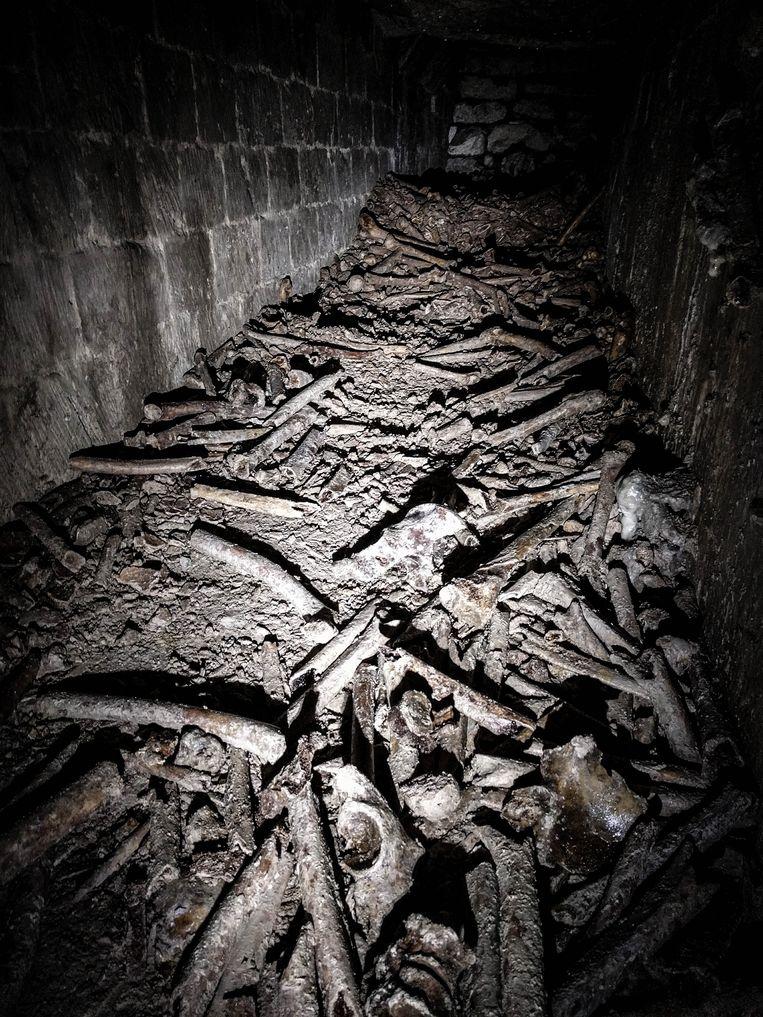 In het tunnelnetwerk liggen 6 miljoen vergeten Parijzenaars begraven.