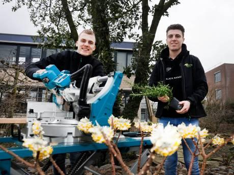 Guus en Thijs zijn na 19 uur bikkelen Nederlands kampioen tuinaanleg: 'Ooit hebben we samen een bedrijf'
