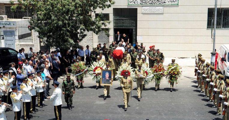 Begrafenis van een van de kopstukken die omkwam bij een grote aanslag in Damascus Beeld EPA