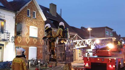 Zware brand vernielt rijwoning van mama en kind
