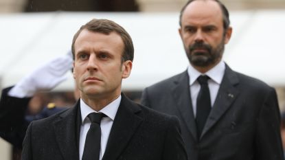 Franse premier biedt toch geen ontslag aan, onduidelijkheid over toekomstige regering van president Macron