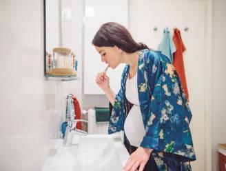 Gespot op TikTok: je tanden poetsen met baksoda om ze witter te maken, maar hoe veilig is dat?