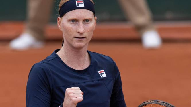 """Alison Van Uytvanck knokt zich naar tweede ronde op Roland Garros: """"Laatste weken waren niet makkelijk"""""""