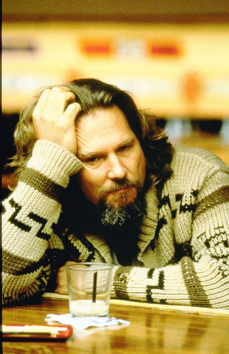 Het is natuurlijk een vest, maar het bekendste mannenbreisel uit de filmgeschiedenis, gedragen door Jeff Bridges in The Big Lebowski, ging de boeken in als The Dude Sweater. Beeld ANP Kippa