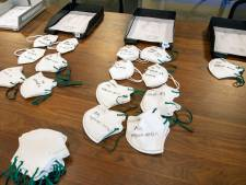 Boze Tweede Kamer: 'Laat verpleeghuizen mondkapjes testen'