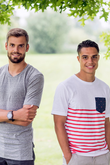 Aanvoerders Stefan Thesker en Joey Pelupessy blikken vooruit op de Eredivisie