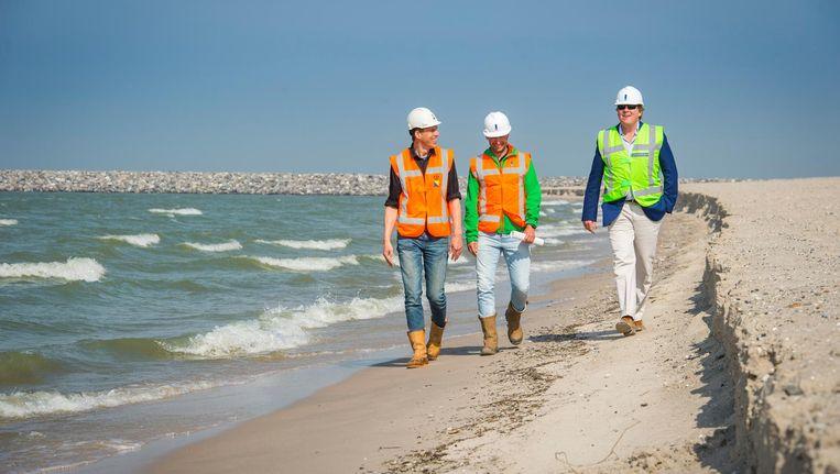 Koning Willem-Alexander brengt een bezoek aan het eerste voltooide eiland van de Marker Wadden Beeld anp