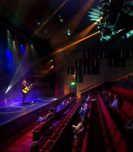 Musiater in Zevenaar ook met dertig koppen nog steeds een theater