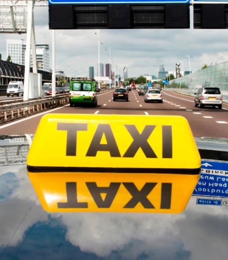 114 mensen houden hun baan: failliet taxibedrijf Van Gerwen maakt doorstart