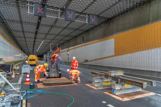 De Hoeksche Waard wil verkeersmaatregelen voordat de renovatie van de Heinenoordtunnel begint.