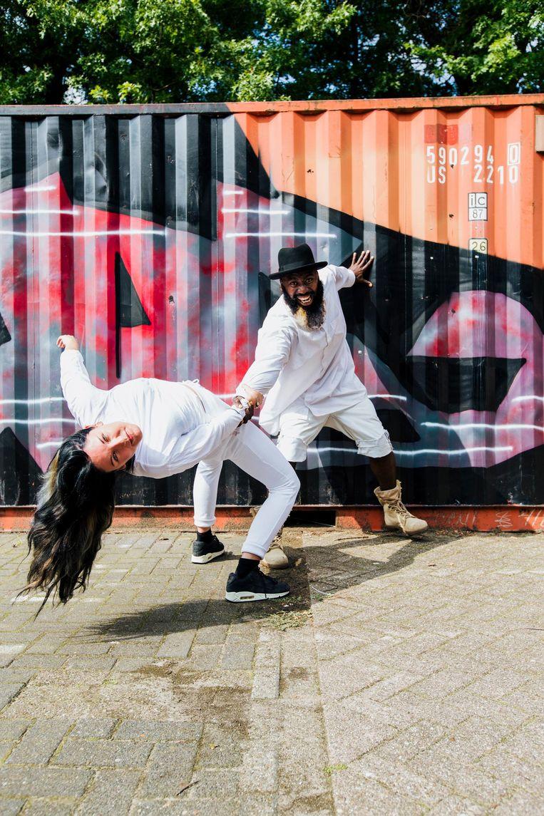 Fix it voorstelling in Bijlmer Parktheater. Beeld Solid Ground Movement