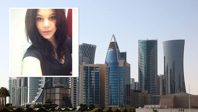 De skyline van Doha. Inzet: Laura de B.