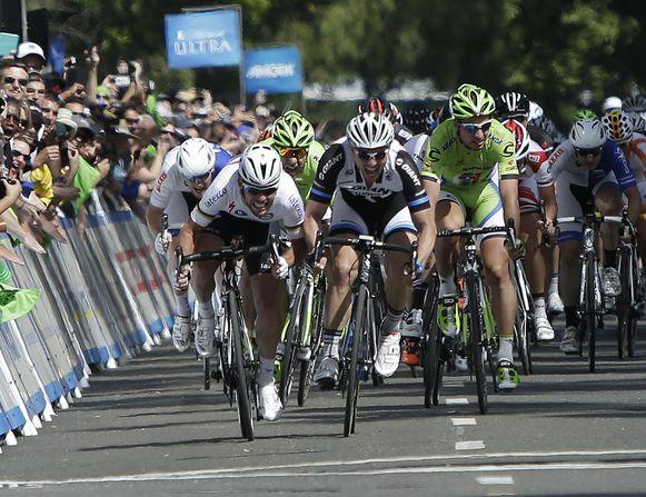 Een fotofinish wees uiteindelijk Cavendish aan als winnaar