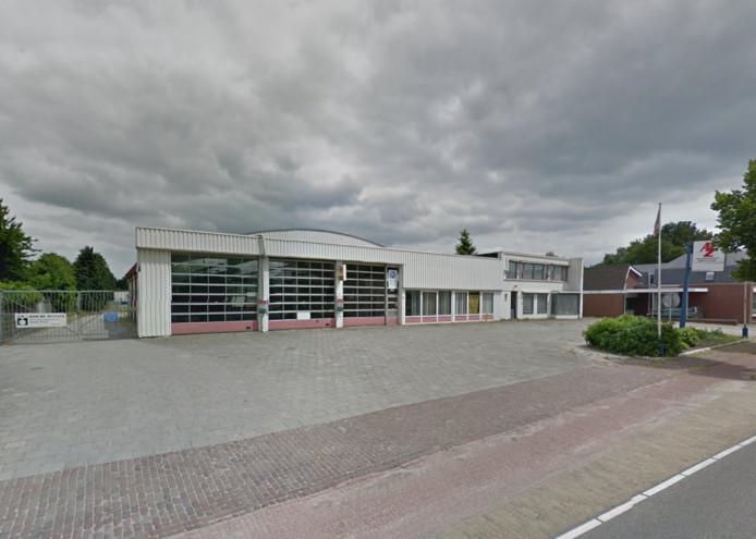 Het voormalige garagepand aan de Weijen.
