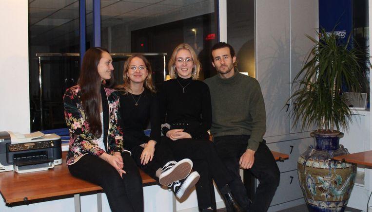 Initiatiefnemers Virginie De Witte, Eline Vancraeyveldt, Noëmie Steuperaert en Hubert Ranson.