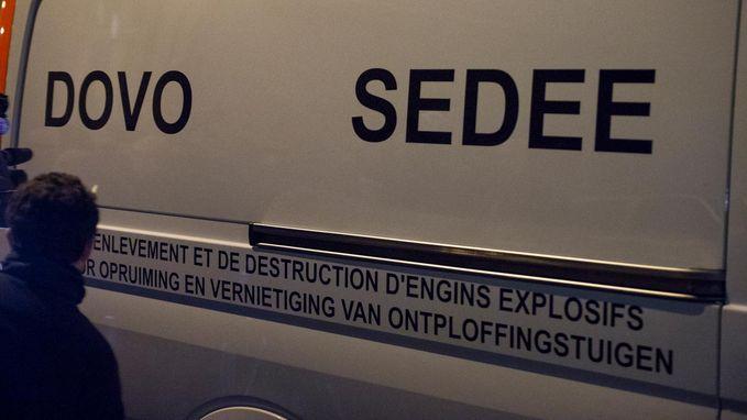 """Zeventiger uit Roeselare had meer dan 200 wapens en zes mijnen liggen: """"Ik wist niet dat ze zo gevaarlijk waren"""""""