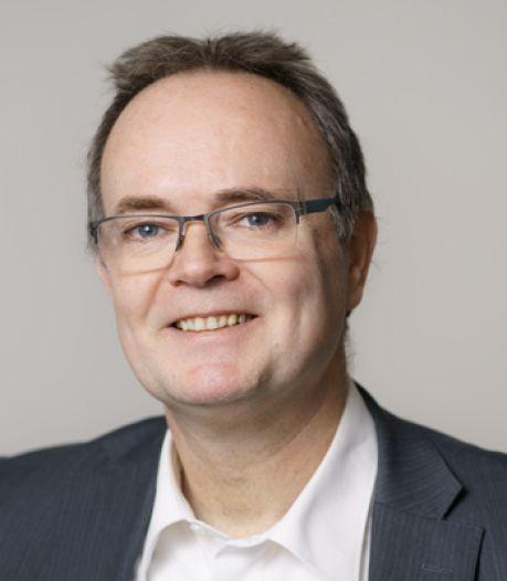 Ben van den Anker nieuwe rector Maurick College; Huub van der Linden gaat met pensioen