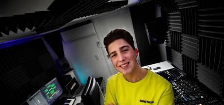 Platencontract voor Helmondse DJ Lorentz  (17)