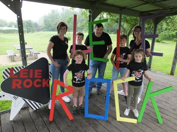 De organisatoren van Leierock4Kids. Torben, Rutger, Viek en Fara zijn er alleszins klaar voor.