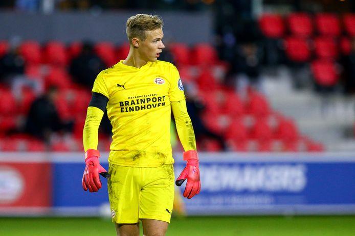 Maxime Delanghe was dinsdagavond een paar keer belangrijk voor Jong PSV.