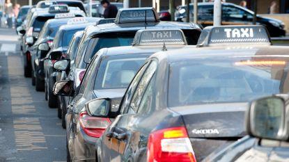 Brusselse regering springt bij voor taxichauffeurs