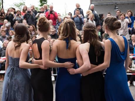 LIVE| Geweigerde leerling Gijs mag toch naar gala