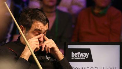 Nukkige Ronnie O'Sullivan ondanks 'banaanbal' naar tweede ronde Scottish Open