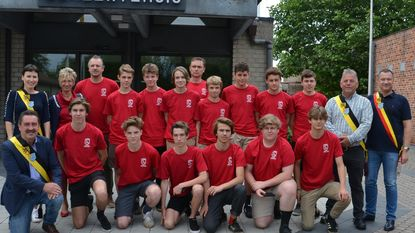 Gemeentebestuur huldigt kampioenen U17 VZ Glabbeek