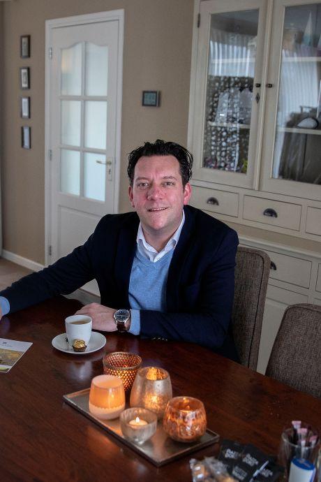 Uitvaartverzorger uit Geldrop: 'Mensen hebben er niets aan als je mee gaat huilen'