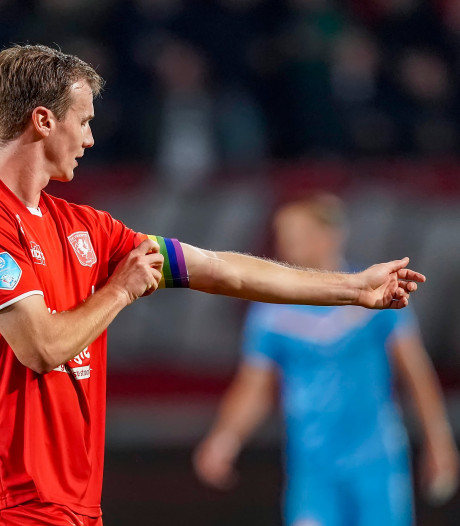 Reserves FC Twente eindigen troosteloos onderaan