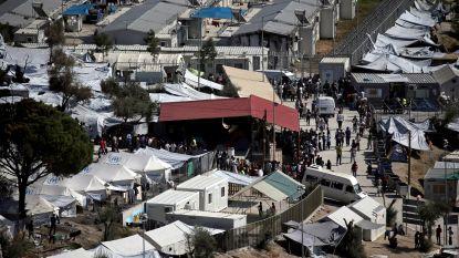 Grieken halen honderden vluchtelingen uit kamp