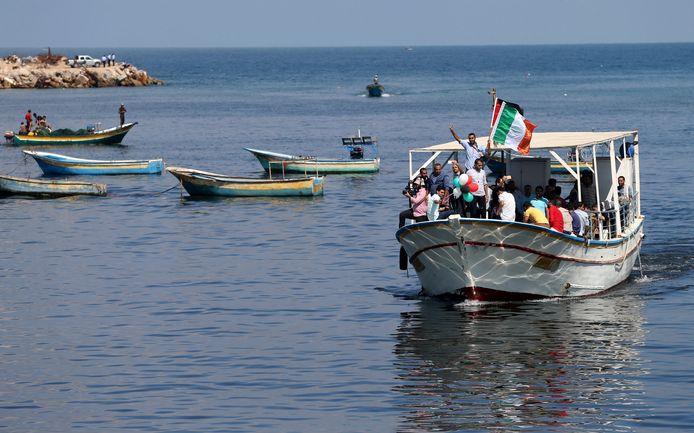 Palestijnen tijdens een solidariteitsactie met de internationale groep vrouwelijke activisten die de blokkade proberen te doorbreken.