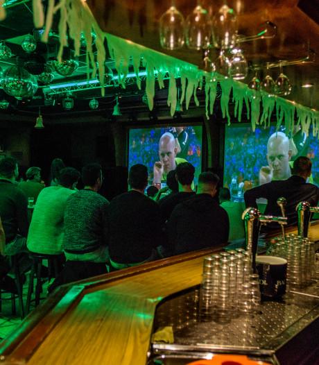 Stamcafé van Michael van Gerwen Den Braai in Vlijmen is niet failliet: 'We gaan er juist met volle bak weer tegen aan'