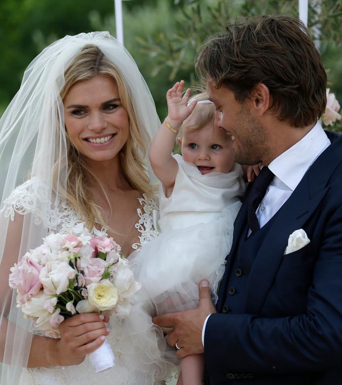 Nicolette en Bas op hun huwelijksdag.
