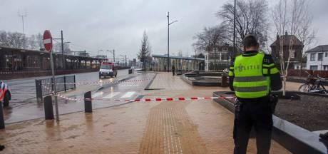 Jongen steekt leeftijdgenoot neer bij station, slachtoffer zwaargewond