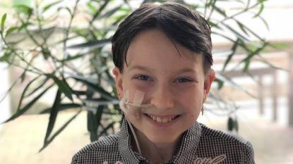 """Kiana (12) heeft zeldzame tumor, ouders slaken noodkreet: """"Onze enige hoop kost 59.000 euro..."""""""