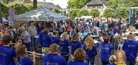 Dorpelingen vol vertrouwen: 'Esch is Esch en blíjft Esch'
