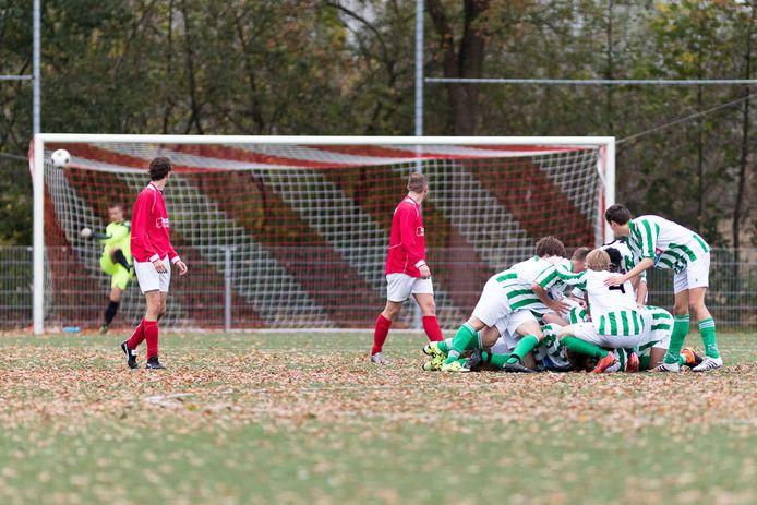 DESZ en FC Meppel treffen elkaar komend seizoen weer voor een derby in de tweede klasse J.
