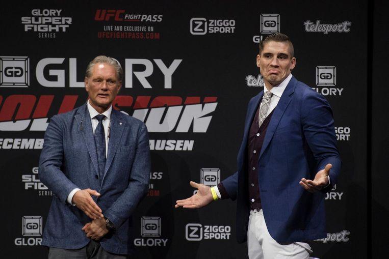 Wereldkampioen kickboksen Rico Verhoeven begrijpt niet waarom Badr Hari wegloopt. Beeld anp