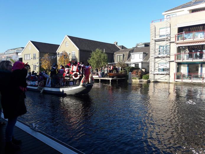 Sinterklaas kwam rond 14.00 uur aan in Bodegraven!